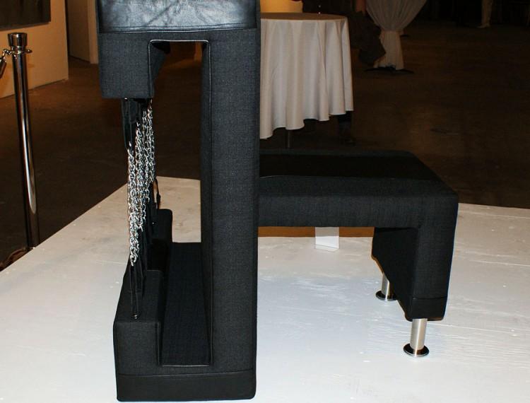 Chain Chair-side view